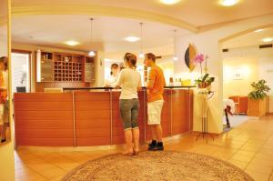 Gartenhotel Feldeck - Kadelburg