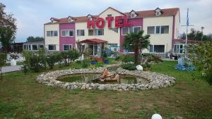 Hostels e Albergues - Hotel Konstantina