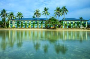 Microtel by Wyndham Puerto Princesa - Tagburos