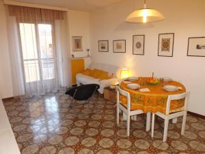 Green House Olivedo, Ferienwohnungen  Varenna - big - 6