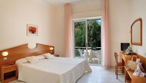 Hotel Helios - AbcAlberghi.com
