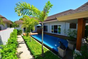 Ban Thai Villa - Nai Harn Beach