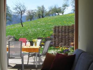 Ferienhof Schweizer, Vidéki vendégházak  Schwarzenberg im Bregenzerwald - big - 25