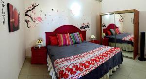 Your Paradise Villa, Holiday homes  Orient Bay - big - 3