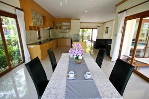 Bangtao Tropical Residence Resort and Spa, Resorts  Strand Bang Tao - big - 105