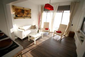 Near Clot & Sagrada Familia Apartment - Barcelona