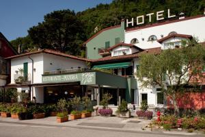 Hotel Baia di Paré - AbcAlberghi.com