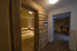 Residence Cavanis Wellness & Spa, Апарт-отели  Sappada - big - 57