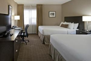 Delta Hotels by Marriott Calgary Airport In-Terminal, Hotely  Calgary - big - 15