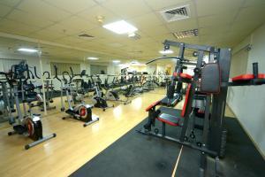 Nejoum Al Emarat, Hotel  Sharjah - big - 66