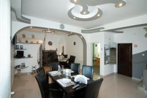 Pension Carina, Guest houses  Bran - big - 50