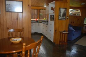 Coast Norfolk Island, Apartmány  Burnt Pine - big - 25