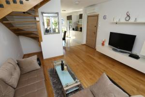 Apartment Parlov 2, Apartments  Podstrana - big - 27