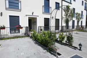 Apartment Parlov 2, Apartments  Podstrana - big - 24