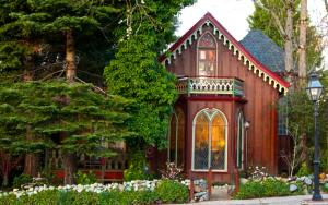 Two Room Inn - Nevada City