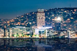 Hilton Izmir, 35210 Izmir