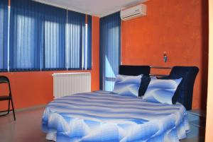 Double Room with Spa Bath and Free Parking Hotel Milenium