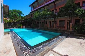 Pesona Beach Inn