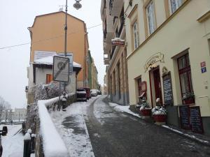 Apartment Fairy Tale, Ferienwohnungen  Karlsbad - big - 3