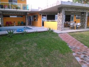 Hotel y Balneario Playa San Pablo, Отели  Монте-Гордо - big - 107