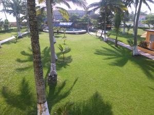 Hotel y Balneario Playa San Pablo, Отели  Монте-Гордо - big - 109