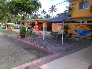 Hotel y Balneario Playa San Pablo, Отели  Монте-Гордо - big - 116