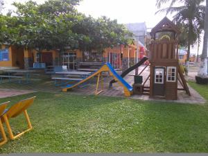 Hotel y Balneario Playa San Pablo, Отели  Монте-Гордо - big - 122