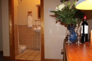 An Portán Guest House and Restaurant, Penzióny  Dunquin - big - 4