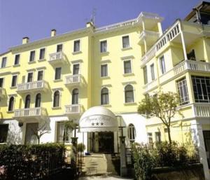 Hotel Byron - Quattro Fontane