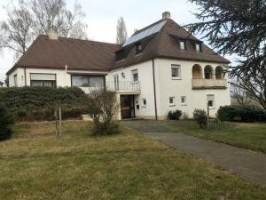 Gästehaus an der Rheinbrücke - Altlußheim