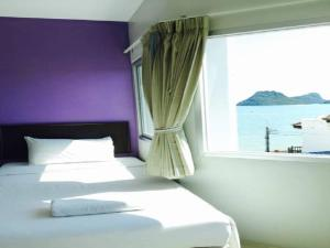 Prachuap Beach Hotel, Affittacamere  Prachuap Khiri Khan - big - 1