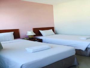 Prachuap Beach Hotel, Affittacamere  Prachuap Khiri Khan - big - 9