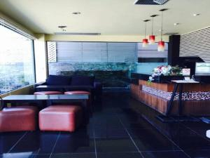 Prachuap Beach Hotel, Affittacamere  Prachuap Khiri Khan - big - 20
