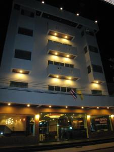 Prachuap Beach Hotel, Affittacamere  Prachuap Khiri Khan - big - 7