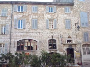 Location gîte, chambres d'hotes Auberge des Seigneurs dans le département Alpes maritimes 6