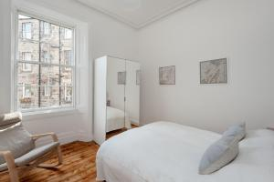 Apartment Elm Row