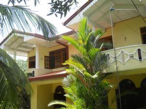 . Green Shade Villa