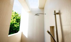 Holiday Inn Resort Kandooma Maldives, Resorts  Guraidhoo - big - 37