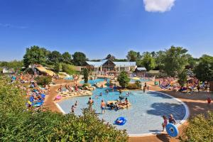Location gîte, chambres d'hotes Camping Parc de Fierbois dans le département Indre et Loire 37