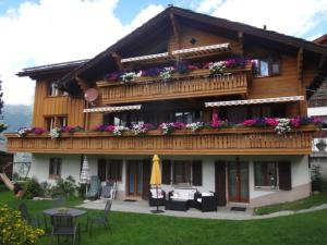 Chalet Petunia - Apartment - Grächen