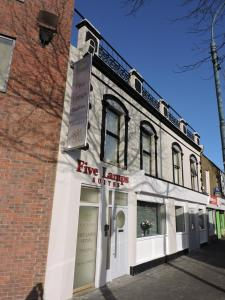 Five Lamps Suites, Apartments  Dublin - big - 14