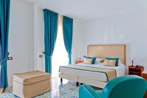 Mediterranea Hotel & Convention Center, Szállodák - Salerno