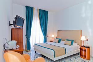Mediterranea Hotel & Convention Center, Szállodák  Salerno - big - 17