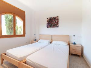 Holiday home Amfora 64, Villen  Sant Pere Pescador - big - 13