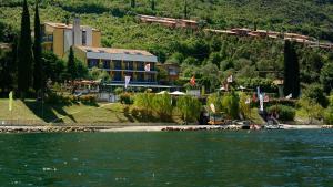 Hotel Sole Malcesine - AbcAlberghi.com
