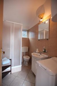 Apartment Jure, Apartmanok  Trogir - big - 13