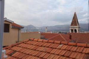Apartment Jure, Apartmanok  Trogir - big - 8
