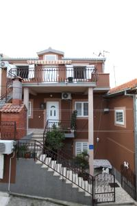 Apartment Jure, Appartamenti  Trogir - big - 1