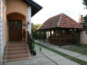 Apartments Vrata Baranje - Lug
