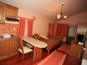 Apartments Vrata Baranje, Penzióny  Bilje - big - 3